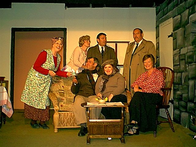 The Cast (as above) & Set